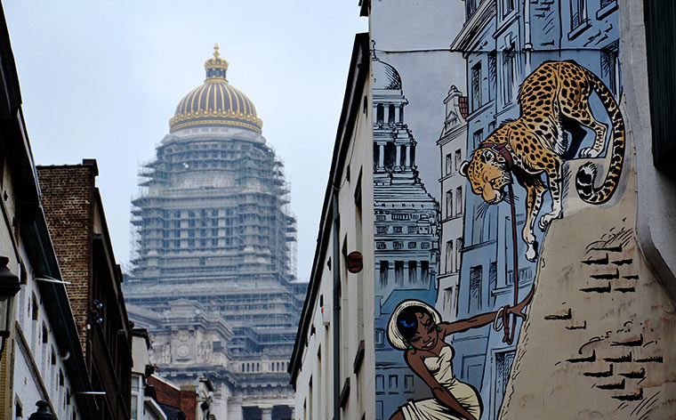 feature-street-art-in-brussels-comic-strip