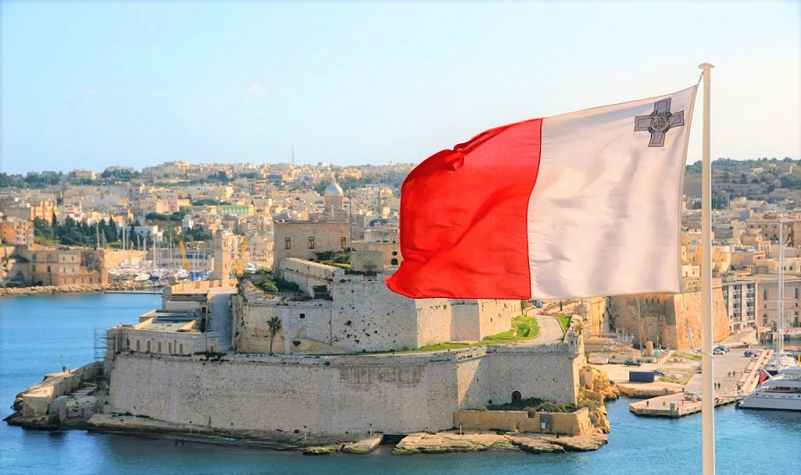 malta-flag-waving-wallpaper-graphics