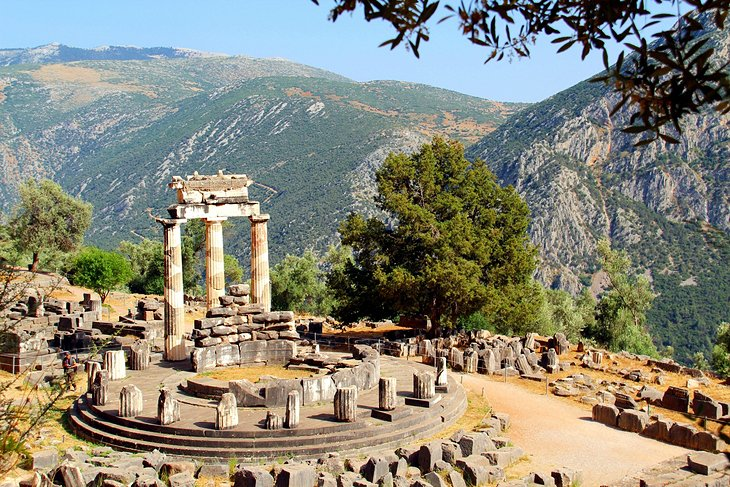 greece-delphi-tholos-and-hillside